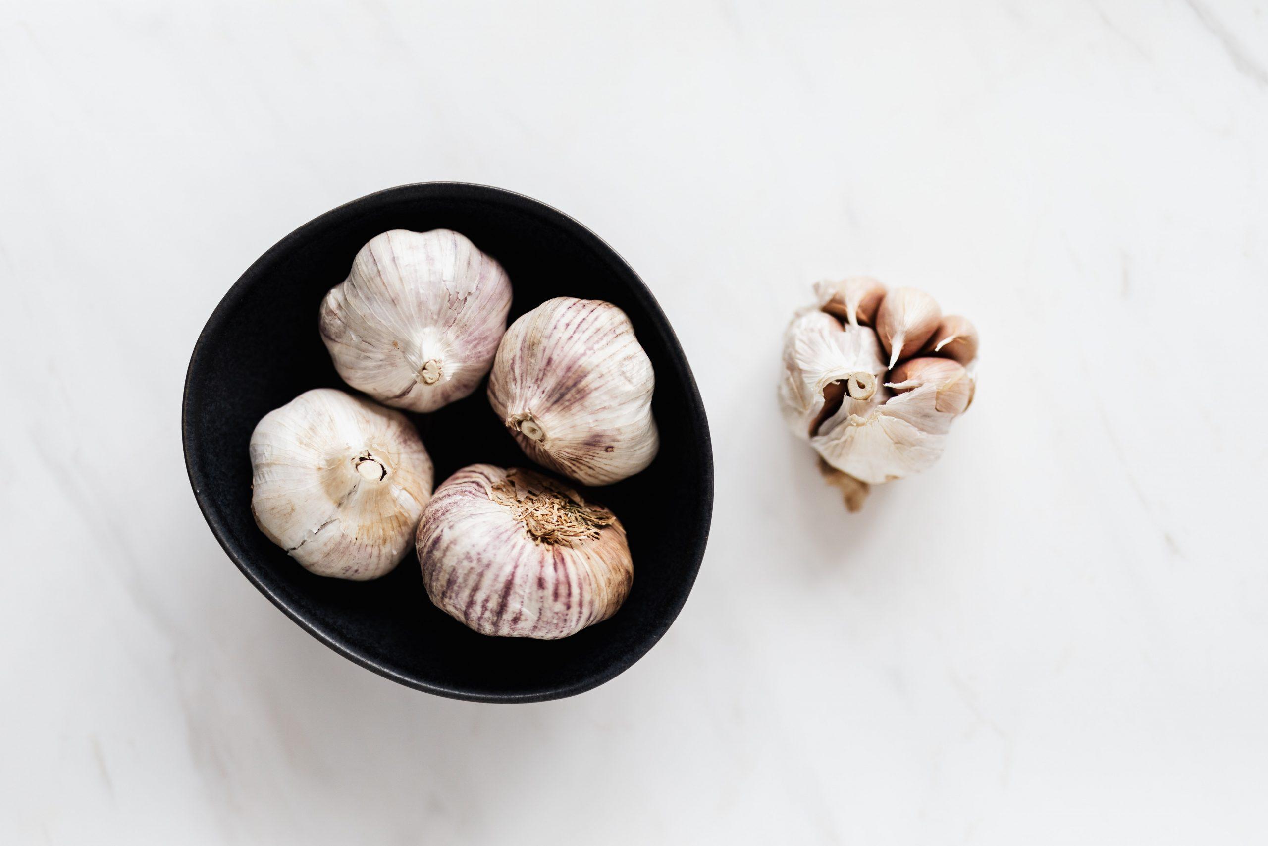 #12 Stress-busting food: Garlic. Photo byKarolina GrabowskafromPexels